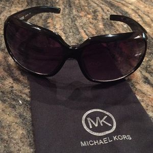 Michael Kors Sunglasses 🖤 Black 🖤